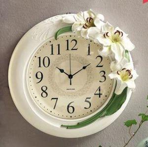 Resin Home and Garden Wall Decor Clock for Souvenir pictures & photos