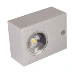 White Amuminium up & Down LED Wall Sconce Lamp Light for Stairway, L85xw60xh35mm pictures & photos