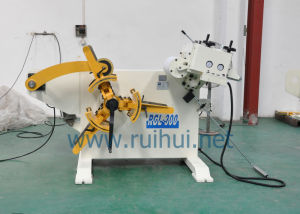 Automatic Uncoiler with Straightener Use in Press Machine pictures & photos