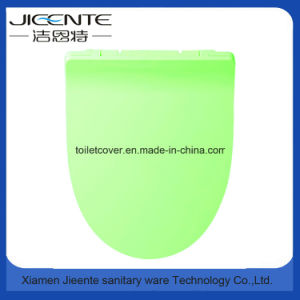 Us Standard Toilet Seat and Cover in Slimed Design pictures & photos