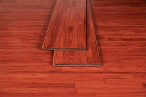 Hot Sale Good Quality Laminate Flooring pictures & photos