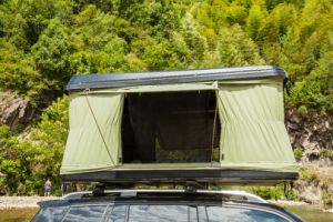 2 Person SUV Auto High Quality Hard Shell Roof Top Tent for Camping pictures & photos