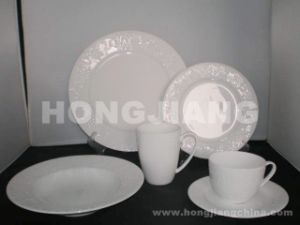 Bone China Dinner Set (HJ068012) pictures & photos