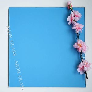CE Certificate 4mm, 5mm, 5.5mm, 6mm, 8mm, 10mm Lake Blue Tinted Float Glass pictures & photos