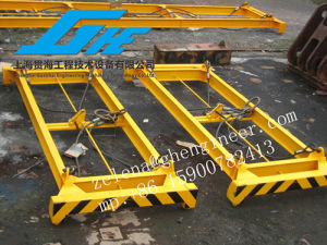 Semi-Auto Frame Steel Lifting Beam Container Spreader pictures & photos