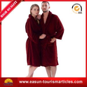 New Design Plain Flannel Fleece Men Bathrobe pictures & photos