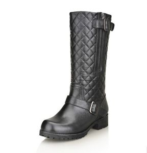 Genuine Leather Women Boot with Zipper pictures & photos