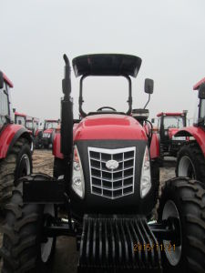 Hx1104 110HP 4WD Tractor with Canopy Hot Selling in Kenya/Uganda/Senegal pictures & photos