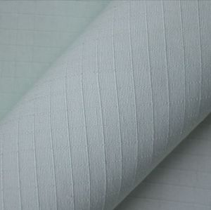 Yarn: 21sx21s 195G/M2 Cotton Ribstop Uniform Fabric pictures & photos
