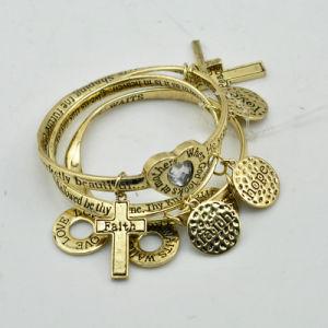 VAGULA Gold Plated Fashion Charms Bracelet Sets E10778 pictures & photos