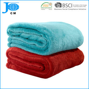 2017 New Pattern Wholesale 100%Polyester Microfiber Coral Fleece Blanket pictures & photos