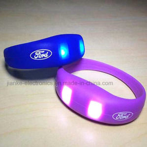 LED Sound Sensor Flashing Silicon Wristbands with Logo Printed (4010)