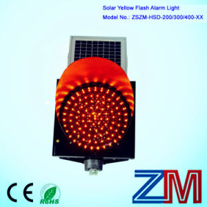Solar Powered Traffic Flash Lamp / LED Amber Flashing Warning Light pictures & photos
