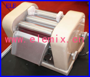Three Roller Mill for Dyestuff pictures & photos