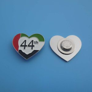 Heart UAE Flag Color Metal National Day Badge pictures & photos