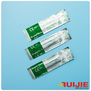 Disposable Sterile Surgical Blades with Stainless Steel Size #10~36 pictures & photos