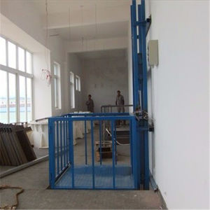 Sjd0.5-8 Fixed Type Guide Rail Lift Platform for Villa Construction pictures & photos