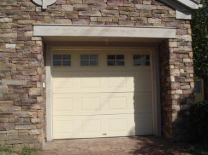 Sectional Garage Door Specialized Manufacturer in Shanghai pictures & photos