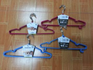 Automatic Wire Laundry Clothes Hanger Making Machine with PLC (GT-CH5) pictures & photos