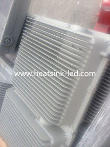 Flood Light LED Aluminum Die Heat Sink Casting pictures & photos