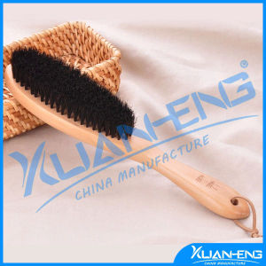 Popular Bamboo Hair Brush in Hairbrush pictures & photos