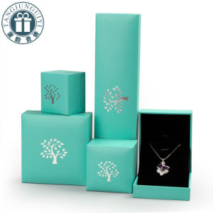 Luxury Paper Packing Gift Boxes and Bags pictures & photos