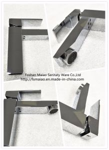 Watermark Single Handle Square Brass Basin Faucet (HD4250) pictures & photos