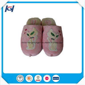 Latest Design Custom Made Soft Bedroom Slippers for Women pictures & photos