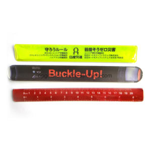 PVC Reflective Slap Wristband Snap Bracelet for promotional (WD12) pictures & photos