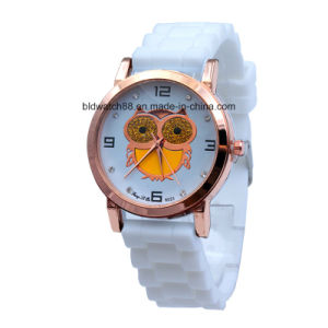 2017 Ladies Fashion Silicone Watches Gold Plated Case pictures & photos