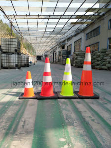 Jiachen Reasonable Price Superior Quality PVC 450mm Traffic Cone with Rubber Base pictures & photos