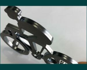 Auto-Focus 1500W Fiber Laser Cutting Equipment (FLS3015-1500W) pictures & photos
