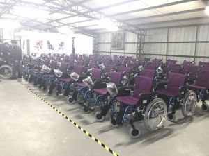 Health Products Taiwan Motor Pg Controller Foldable Power Electric Wheelchair Prices pictures & photos
