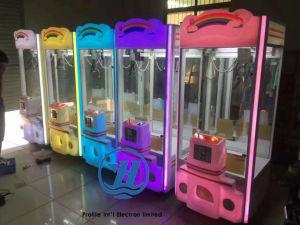 2017 Popular Crane Claw Gift Game Machine (ZJ-CGA-7) pictures & photos