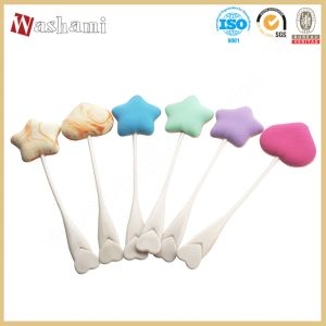 Washami Cheap Makeup Sponge Wholesale Cosmetic Powder Puff with Handle pictures & photos