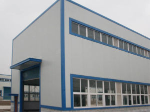 Light Steel Prefabricated Warehouse with Insulation pictures & photos