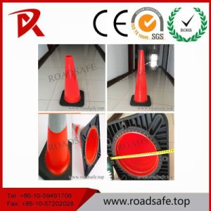 High Quality Rubber Traffic Cone Road Safety Cone with Reflective Tape pictures & photos