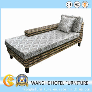 Simple Design Hotel Rattan Outdoor Furniture Single Chaise Lounger pictures & photos