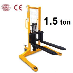 1500kg Hand Operated Forklifts with Wide Legs pictures & photos