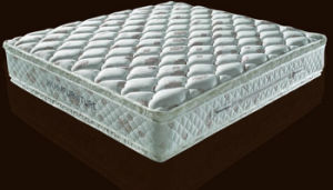 Hm145 High Density Memory Foam Mattress pictures & photos