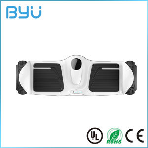 2016 China New Design Motor Hoverboard E-Scooter Electric Skateboard pictures & photos