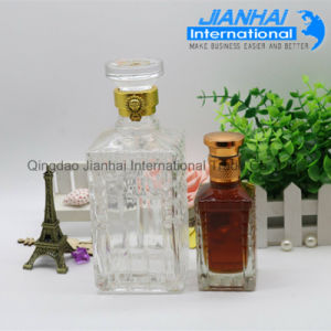 Factory Direct Sale Clear Glass Wine Bottle pictures & photos