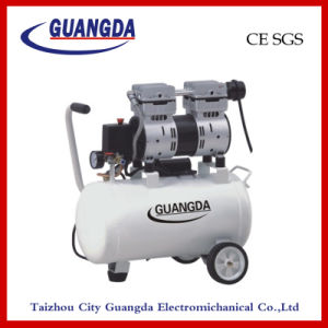 CE SGS 30L 850W Oil Free Air Compressor (GDG30) pictures & photos