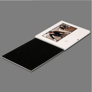 Custom 7inch LCD Video Card pictures & photos