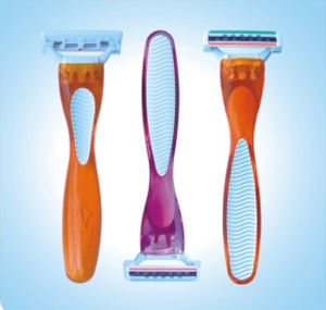 Disposable Triple Blades Razor, System Razor for Women pictures & photos