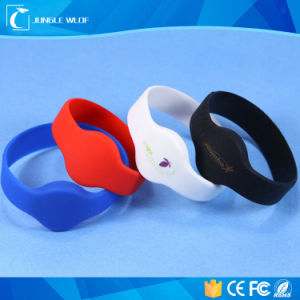 13.56MHz Hf RFID Silicone Wristband for Pools Waterparks pictures & photos