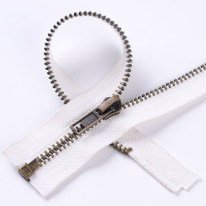 No. 5 Anti-Brass Zipper with High Quality pictures & photos