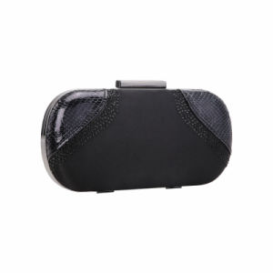 Black Rivets and Snake Grain Clasp Evening Bag (MBNO041143) pictures & photos