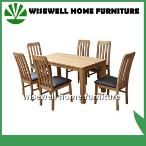 Solid Oak Wood Dining Table with 4 Chairs (W-DF-9026) pictures & photos
