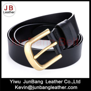 Fashion Leather Men′s Belt with Various Styles pictures & photos